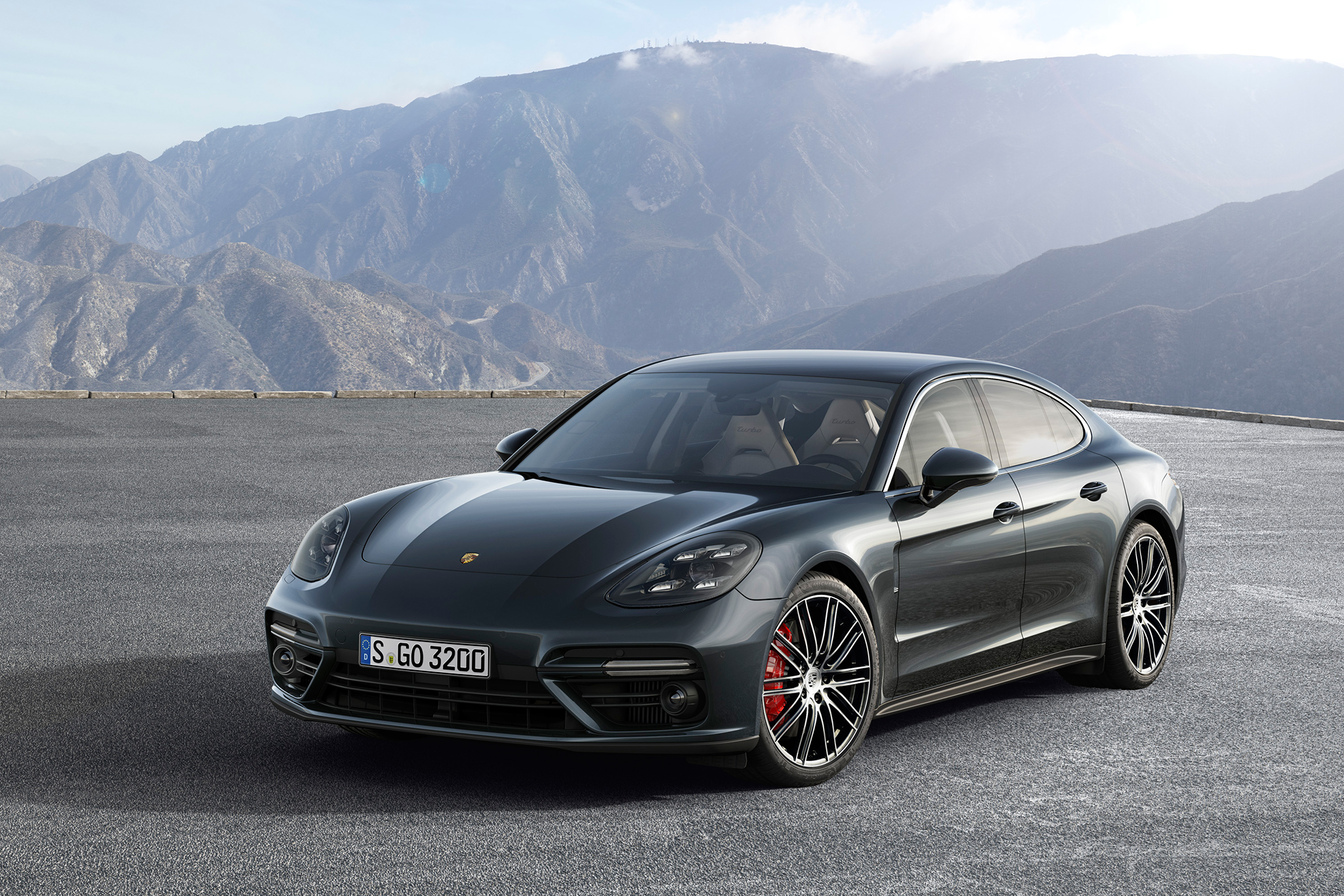 porsche panamera test s r benzin magazin. Black Bedroom Furniture Sets. Home Design Ideas