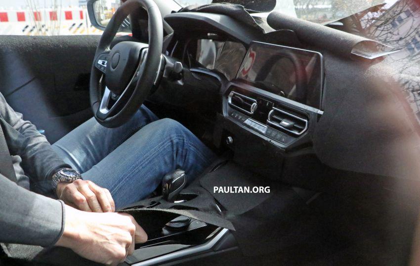 2019 BMW 3 SERİSİNİN İÇİ GÖRÜNTÜLENDİ