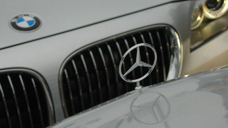 BMW İLE MERCEDES BİRLEŞİYOR MU?
