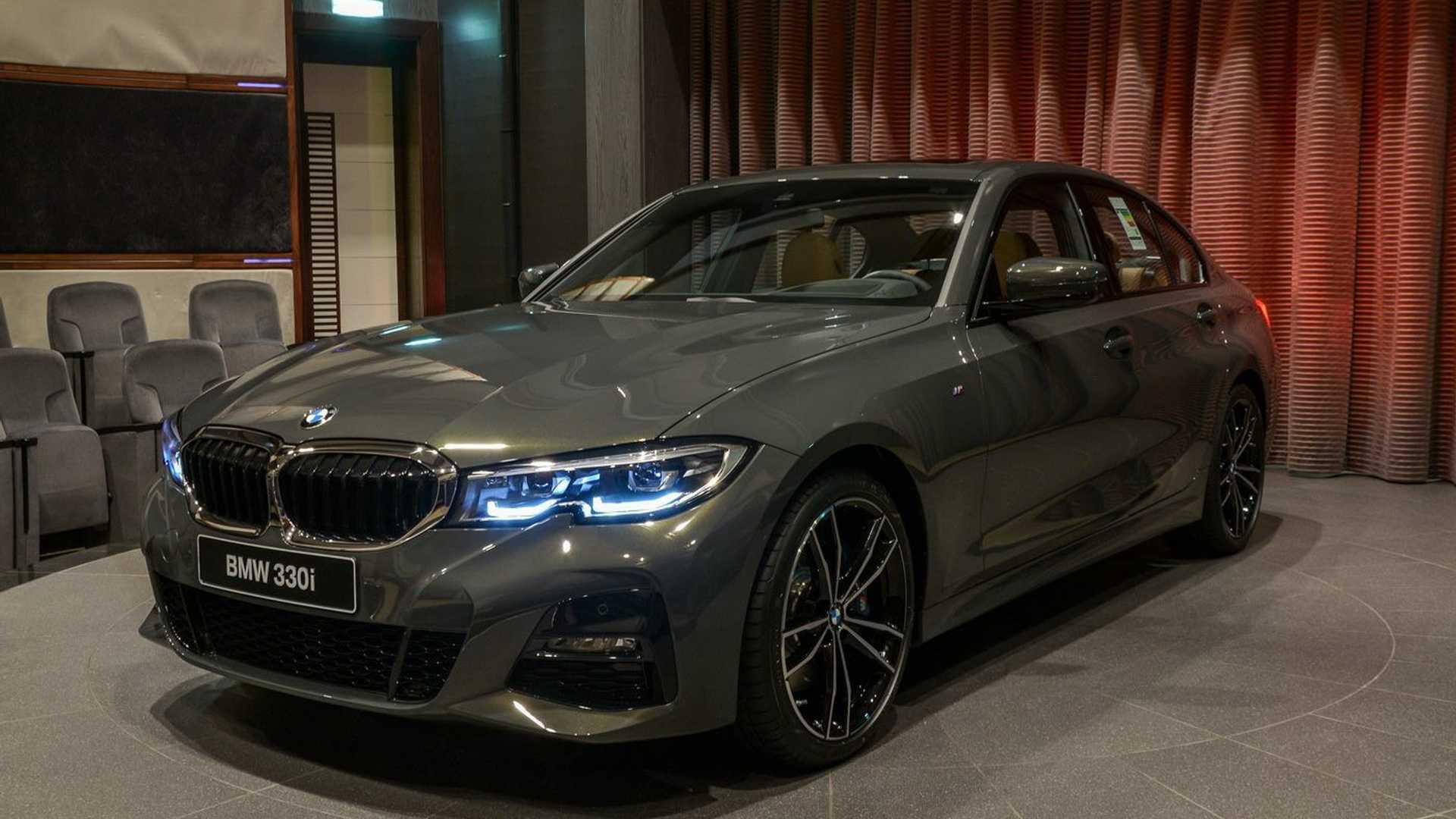 GRİSİ BİLE GÜZEL: 2019 BMW 3 SERİSİ INDIVIDUAL