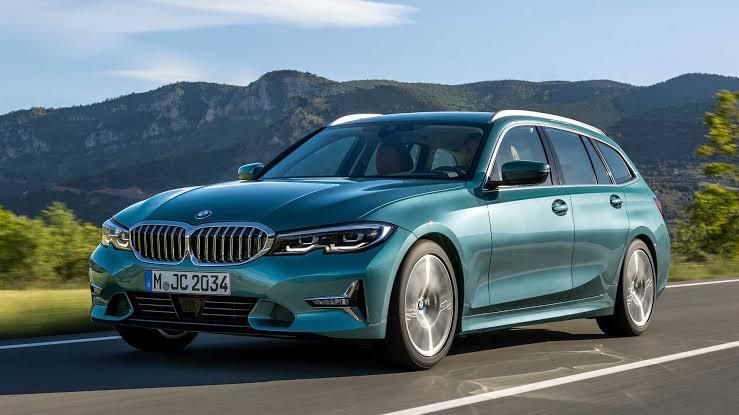 SIRT ÇANTALI SPORTİF TANITILDI: BMW 3-SERİSİ TOURING